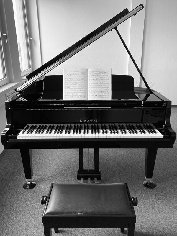 Piano der Klavierschule Ulm im kleinen Konzertsaal
